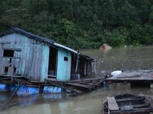 Tin tức trong ngày - Thủ tướng: Không để dân đói sau mưa, lũ