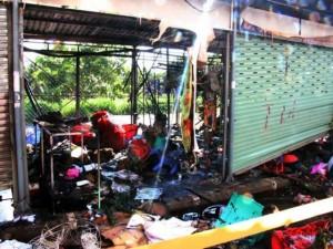 Tin tức trong ngày - TP.HCM: Cháy chợ Nông sản Thủ Đức