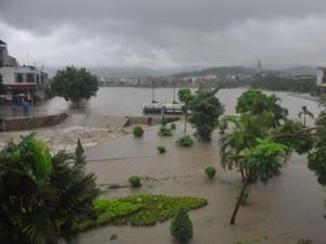Quảng Ninh: Mưa lớn, tràn đập, nhiều nơi chìm trong biển nước