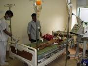 Hồ sơ vụ án - Vụ bé 4 tuổi bị dượng đánh chết: Người anh vẫn nguy kịch