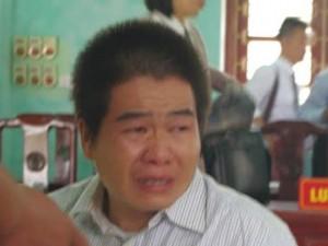 """Trọng án - Trùm ma túy Tàng """"Keangnam"""" khóc nức nở tại phiên xử"""