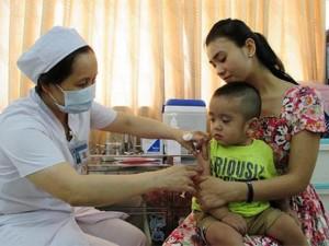 Sắp bổ sung 2 loại vắc-xin tiêm miễn phí cho trẻ