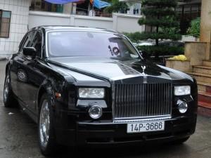 """"""" Chúa đảo """"  Tuần Châu đã bán được siêu xe ủng hộ vùng lũ"""