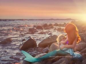 Bạn trẻ - Cuộc sống - Bộ ảnh mẹ cho bú giữa thiên nhiên tuyệt đẹp