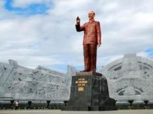 Xây tượng đài 1.400 tỷ: Đua nhau làm tượng đài là  vấn nạn