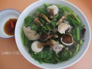 Ẩm thực - Đến Phú Quốc thưởng thức nấm tràm nấu canh với thịt gà