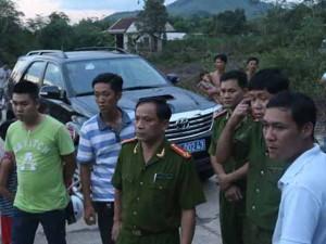 Cảnh giác - Gần 100 cảnh sát truy bắt tên cướp có súng trốn trong rừng