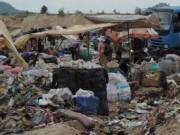 Tệ nạn xã hội - Phút kinh hoàng của người nhặt rác bị đòi tiền bảo kê