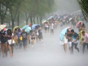 Tin tức trong ngày - TQ ứng phó khẩn cấp với siêu bão, sơ tán hàng trăm nghìn người