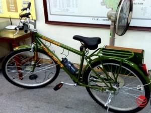Tin tức trong ngày - Bàn giao xe đạp dành cho cảnh sát trật tự HN đi tuần