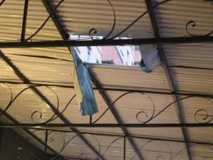 Tin tức trong ngày - HN: Bé trai 7 tuổi rơi từ tầng 10 chung cư Linh Đàm
