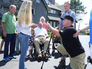 Tin tức trong ngày - Cha con cựu TT Bush se duyên cho cựu binh Mỹ