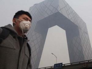 """Tin tức trong ngày - Ô nhiễm không khí """"lấy mạng"""" 4.000 người TQ mỗi ngày?"""