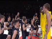 """Các môn thể thao khác - Đội bóng rổ """"dằn mặt"""" đối thủ bằng... điệu nhảy"""