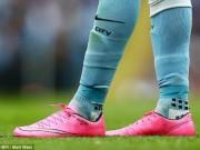 Bóng đá - Sterling bắt chước nhãn hiệu độc quyền của Ronaldo