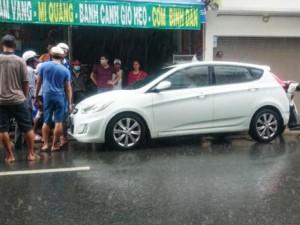 Tin tức Việt Nam - Rượt 5km, buộc tài xế ô tô xuống xe xin lỗi vì va chạm