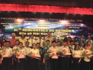 Tin tức trong ngày - Học sinh ưu tú Việt Nam giao lưu cùng người đoạt giải Nobel Vật lý