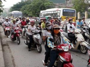 """Tin tức trong ngày - Đến lượt Bộ Tài chính đề xuất dừng thu… """"thuế đường"""" xe máy"""