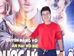 Phim chiếu Rạp - Thầy giáo hotboy của Vietnam Idol trẻ trung đi xem phim