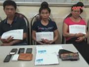 Video An ninh - Bắt 3 đối tượng ôm gần 2000 viên thuốc lắc từ Lào về VN