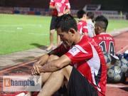 Bóng đá - HLV Cần Thơ bất ngờ khi ĐT.LA thi đấu có vấn đề