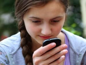 Máy in/phụ kiện - Những thói quen nên từ bỏ khi dùng smartphone
