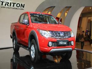 Ngắm Mitsubishi Triton LCV 2016 giá 466 triệu đồng
