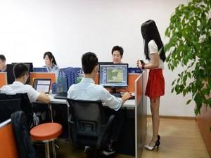 """Bạn trẻ - Cuộc sống - Công ty  thuê gái trẻ """"hầu hạ"""" lập trình viên"""