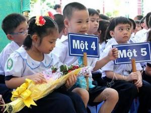 Giáo dục - du học - Hà Nội: Cấm các trường bắt học sinh mua đồng phục