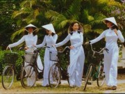 Du lịch Việt Nam - Hình ảnh tà áo dài Việt Nam qua các thời kỳ