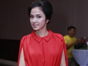 Ngôi sao điện ảnh - Việt Trinh tái xuất rạng rỡ sau tuyên bố đóng Facebook