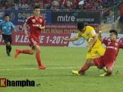 Bóng đá Việt Nam - Sôi động V-League: B.Bình Dương lên ngôi vô địch