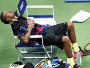 """Tennis - Lại giở ''trò bẩn'', Kyrgios bị gọi là """"thằng hề"""""""