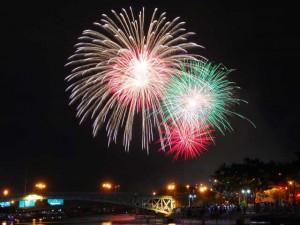 TPHCM: Pháo hoa lung linh mừng Tết Độc lập