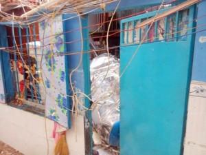 Tin tức trong ngày - TPHCM: Bồn nước 1.500 lít rơi, đè chết bé gái đang ngủ