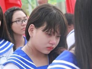 Giáo dục - du học - Nữ sinh lớp 12 kể về mẹ khiến cả trường rớt nước mắt