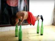 Thể thao - 5 tuổi khỏe phi thường, chống đẩy trên chai thủy tinh