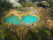 """Du lịch - Bí ẩn hồ đổi màu """"ma quái"""" ở Indonesia"""