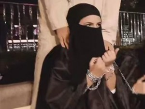 Tin tức trong ngày - Nô lệ tình dục vùng lên giết chết thủ lĩnh IS