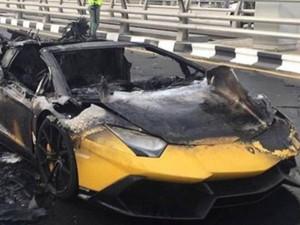 Xe xịn - Siêu xe Lamborghini của đại gia Dubai cháy thành than