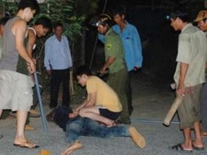 Tin tức Việt Nam - Cả làng trị trộm chó bằng dây, gậy, mõ