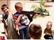 Video An ninh - IS bắt cóc 127 trẻ em Iraq huấn luyện thành chiến binh