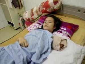 Tin tức trong ngày - Tình tiết bất ngờ vụ nữ du khách bị hổ cắn đứt tay ở Nghệ An