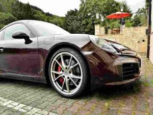 Tin tức ô tô - xe máy - Porsche 911 Carrera S bản nâng cấp tinh tế trong màu áo nâu sẫm