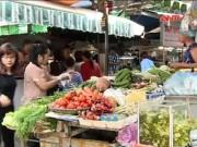 Thị trường - Tiêu dùng - Giá xăng giảm: Ai lợi, ai thiệt?