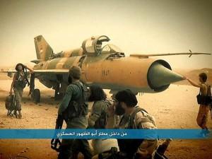 """Thế giới - IS biến trẻ em thành """"quả bom sống"""", đánh chiếm căn cứ Syria"""