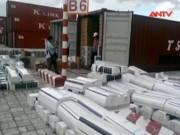 Thị trường - Tiêu dùng - TP.HCM: Bắt 4 container hàng lậu trị giá trên 6 tỷ đồng