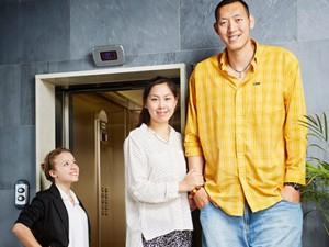 """Phi thường - kỳ quặc - Cặp vợ chồng """"khổng lồ"""" Trung Quốc lập kỷ lục thế giới"""