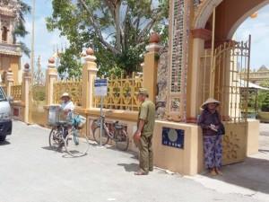 An ninh Xã hội - Truy sát trước cổng chùa, 1 thanh niên thiệt mạng
