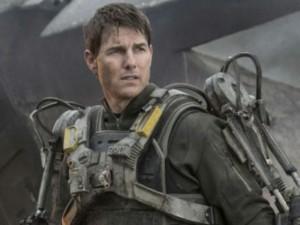 Hậu trường phim - Tom Cruise xuất hiện bom tấn viễn tưởng triệu đô